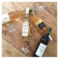 environnement papeterie lacoste vin muscat de lunel lacoste domaine clos de bellevue