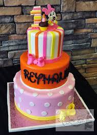 minnie mouse 1st birthday cake 1st birthday minnie mouse tiered cake a cake a cake