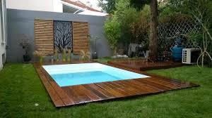 piscine petite taille création sur mesure d u0027une margelle terrasse de piscine en bois