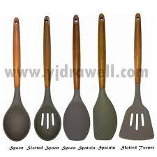 ustensile de cuisine en silicone sp 1545 nouveau produit en bois poignée silicone cuisine tool set