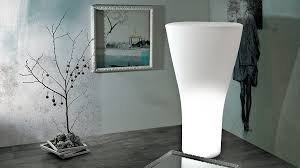 design aussenleuchten sixty l is a bright vase with a retro and at the same time