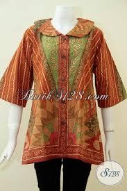 desain baju batik untuk acara resmi busana batik klasik khas solo indonesia baju blus batik tulis