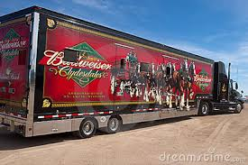 Budweiser Clydesdale Barn Budweiser Clydesdale Horses Az February 26 Trucks Carrying