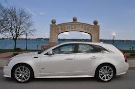 2013 cadillac cts wagon 2011 cadillac cts wagon photos and wallpapers trueautosite