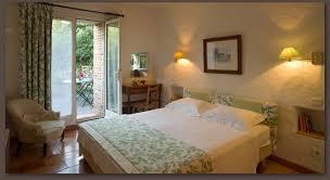 chambre fleurie chambres de charme confort 3 étoiles à céret 66 le trilles