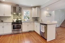 darty cuisine bordeaux couleur de meuble de cuisine quelle couleur choisir pour rendre