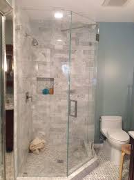 Corner Shower Stalls For Small Bathrooms by Best 25 Neo Angle Shower Ideas On Pinterest Corner Showers