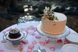 a catered maui wedding on a ranch in waikapu
