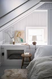Bedroom Loft Ideas Top 25 Best Eaves Bedroom Ideas On Pinterest Loft Conversion