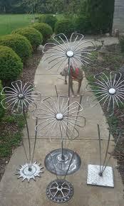metal flower garden stakes 490 best yard art flowers images on pinterest yard art metal