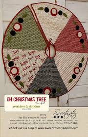 Quilted Christmas Tree Skirts To Make - 51 best christmas tree skirts images on pinterest christmas tree