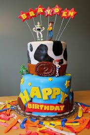 story birthday cake 3 story birthday cakes a birthday cake