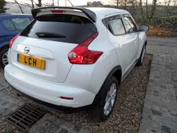 nissan juke 1 6 petrol tekna 2011 61 5 door manual sat nav full
