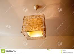 Wohnzimmerlampe Grau Lampe Schlafzimmer Hängelampe Teppich Bereiche Dachschräge