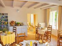 chambre d hote rochefort sur mer le chizé chambres d hôtes gîtes ruraux à à trizay