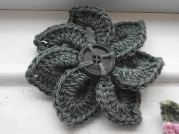 Free Pattern For Crochet Flower - best 25 crochet flower patterns ideas on pinterest crocheted