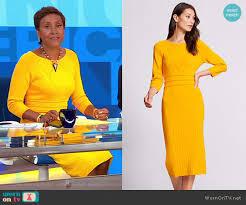 yellow sweater dress wornontv robin s yellow knit dress on morning america