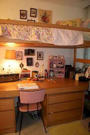 Dorm Room Furniture by Best 25 Dorm Room Layouts Ideas Only On Pinterest Dorm