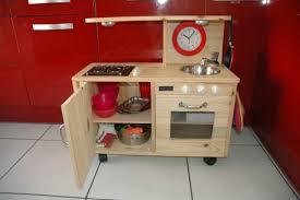 construire sa cuisine en bois fabriquer une cuisine en bois 9 pour ma puce potager carr et