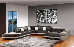 great accent walls in living room with splash color design and