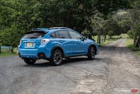 2017 subaru crosstrek 2017 subaru xv 2 0i s review video performancedrive