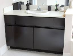 Paint Bathroom Cabinets Diy Inexpensive Bathroom Cabinet Makeover