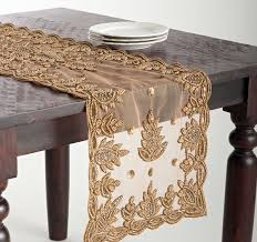 gold christmas table runner 21 best gorgeous table runners images on pinterest table runners