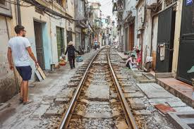 quick guide finding the hanoi train street so the adventure begins