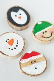 wood slice ornaments made to be a momma