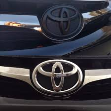 toyota united states before and after emblem black out on this 2015 toyota camry yelp