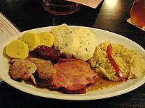 böhmische küche prag böhmische küche knö gulasch pivo bier