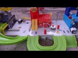 trash wheels junk yard playset blazing fire station junk jail