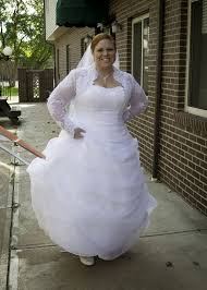 plus size wedding dresses with sleeves or jackets help a plus size bee find a bolero weddingbee
