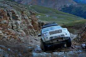 lr4 land rover off road lrowner brian h makes the most of his lr4 u0027s ground clearance