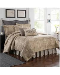 Comforter Sets On Sale Christmas Shopping Sales On Bridge Street Finestra Reversible