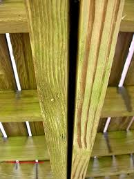 deck floor board spacing gaps proper gap size to leave between