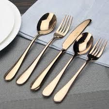 un ustensile de cuisine haute qualité couverts or mat noir or en acier inoxydable
