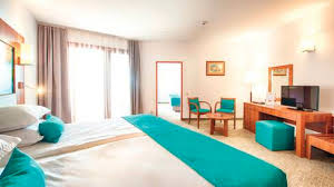 View The Rooms At Hotel Riu Helios Bay Obzor Thomson - Riu montego bay family room