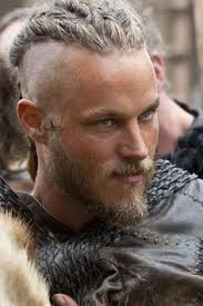 travis fimmel hair for vikings ragnar lothbrok s hairstyle from vikings
