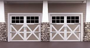Barn Garage Doors Carriage House Style Garage Doors Http Www Wayne Dalton Com