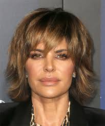 what is the texture of rinnas hair lisa rinna medium straight casual shag hairstyle with layered
