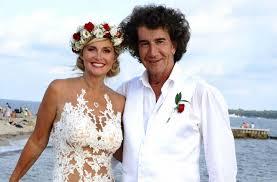 matin mariage ils renouvellent leurs voeux pour la 9e fois en quatre ans à