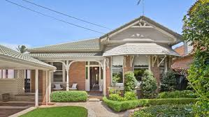 sydney auction market records fourth consecutive week of clearance
