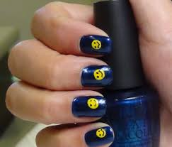 how to do smiley nail art design