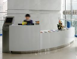 Circular Reception Desk Office Workspace Furnitures Glass Reception Desks With Green Fiber