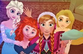 elsa anna merida and rapunzel selfie by dramakid99 d7te7hn png