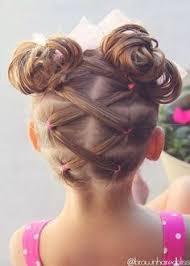 coiffure mariage enfant les 25 meilleures idées de la catégorie coiffure fille sur