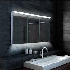 spiegelschränke fürs badezimmer spiegelschrank bad mit led eingebung spiegelschränke fürs bad mit