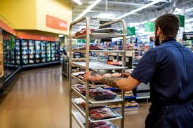Grocery Merchandising Jobs At Walmart Academy Training Better Managers But With A Better
