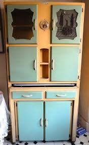Cottage Kitchen Cupboards - 149 best vintage kitchen love images on pinterest retro kitchens
